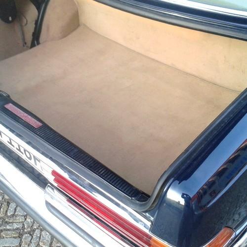 Mercedes W116 S-Klasse Kofferraummatte Velours beige Keder Kunstleder beige