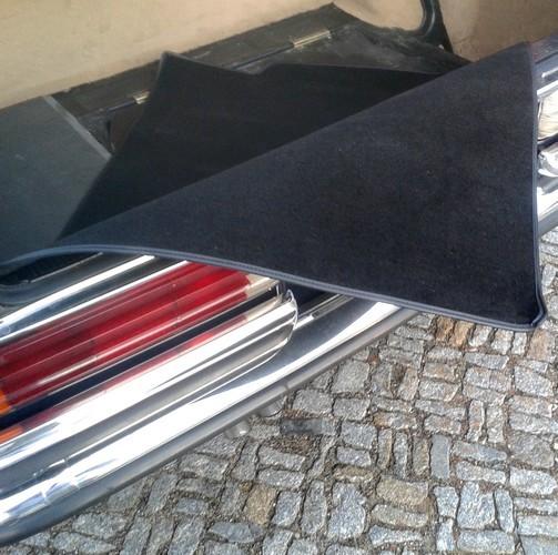 Mercedes W116 S-Klasse Kofferraummatte Velours schwarz Keder Kunstleder