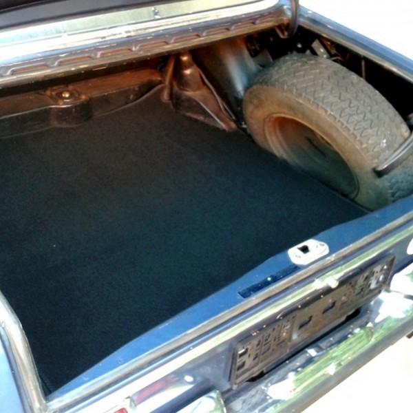 Mercedes W108 W109 Kofferraummatte Velours schwarz Keder Stoff